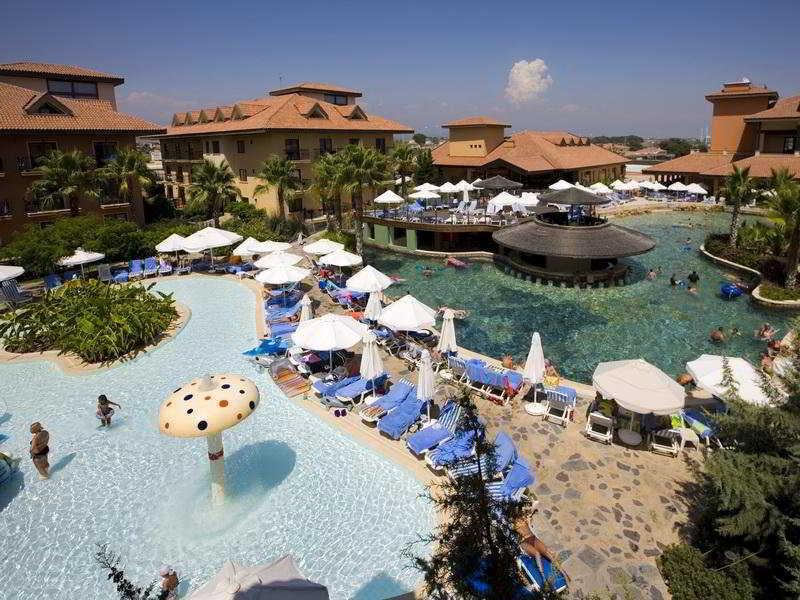 Club Grand Aqua Hotel