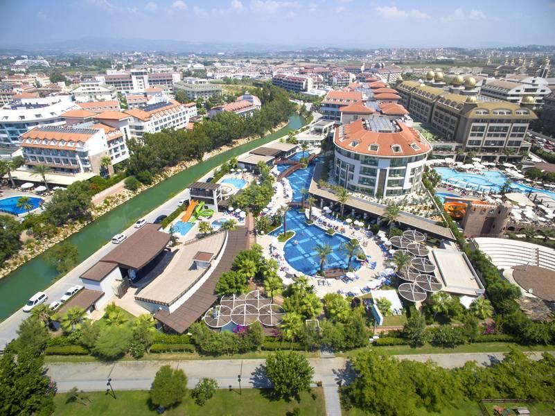 Holidays at Evren Beach Resort Hotel in Kumkoy Side, Side