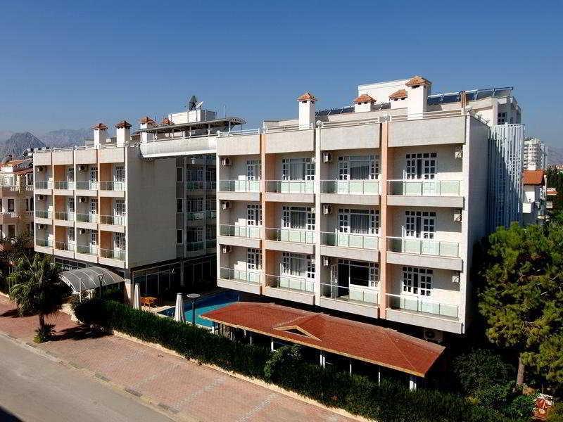 Holidays at Ozbekhan Hotel in Konyaalti Coast, Antalya