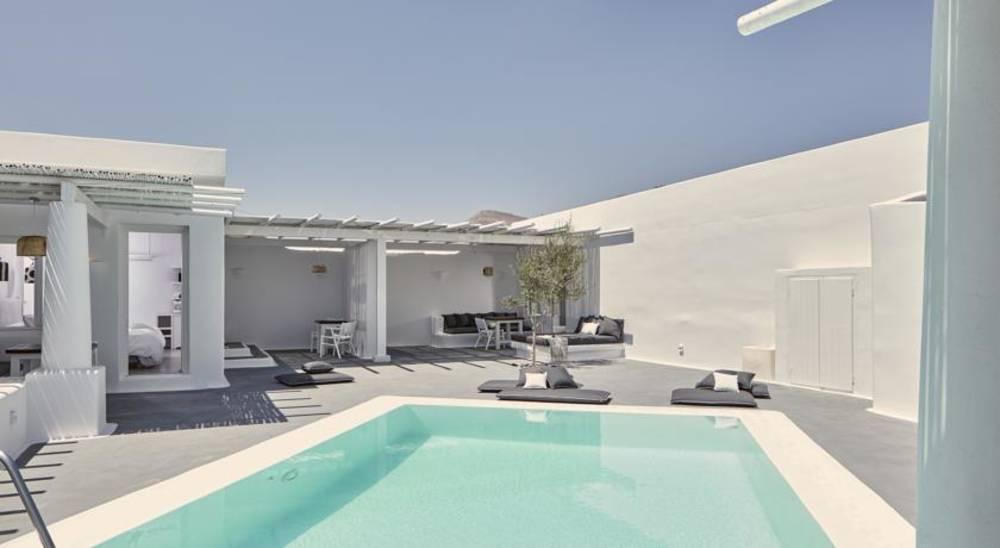 Holidays at Anemos Beach Lounge Hotel in Perivolos, Perissa