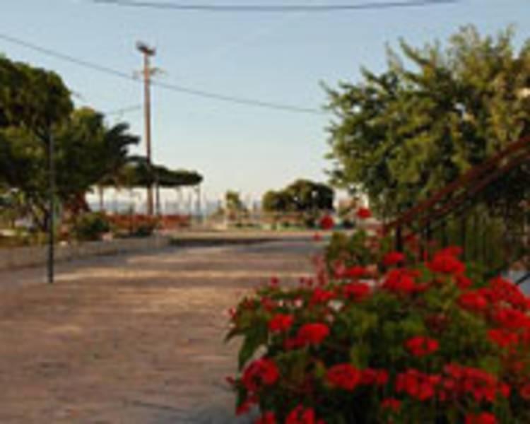 Holidays at Marianthi Paradise Hotel in Molyvos, Lesvos