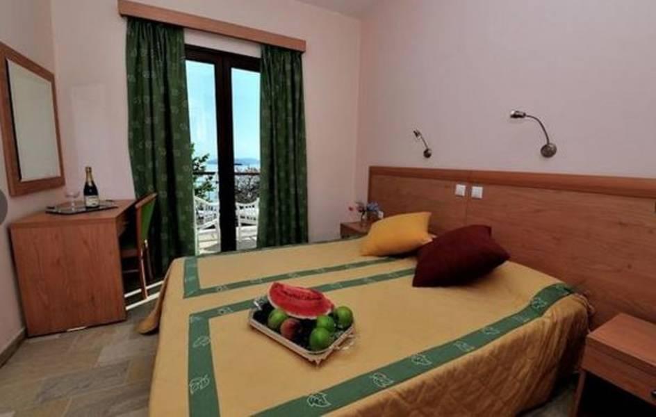Holidays at Vassilias Beach Hotel in Vassilias, Skiathos
