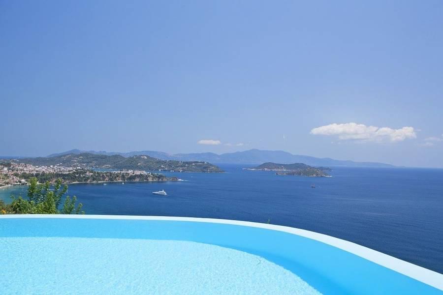 Holidays at Kivo Art and Gourmet Hotel in Vassilias, Skiathos