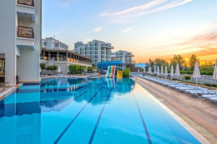 Holidays at Royal Atlantis Beach Hotel in Colakli, Side