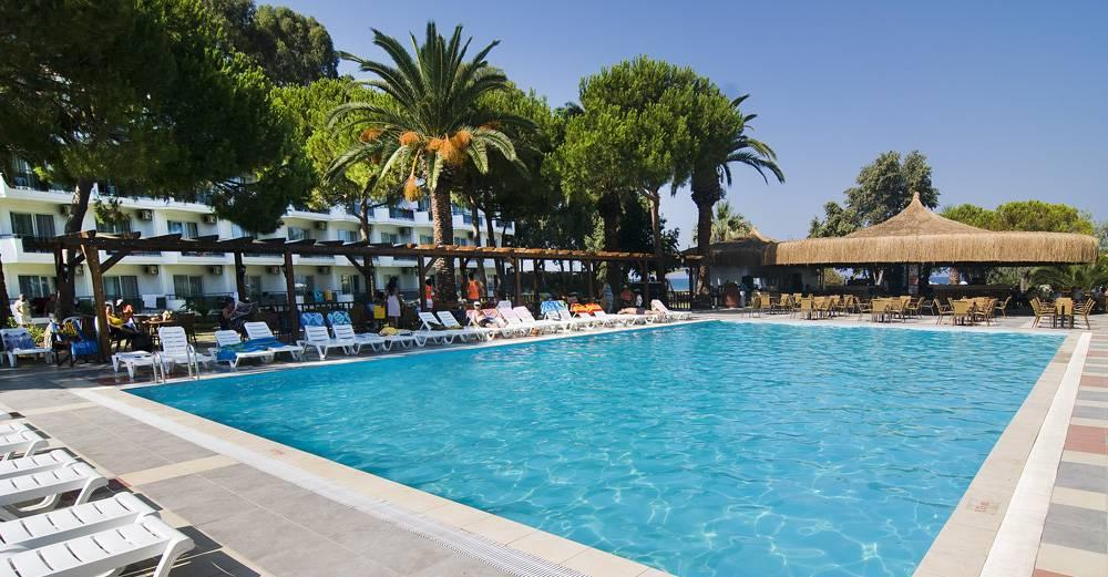Holidays at Atlantique Holiday Club in Kusadasi, Bodrum Region