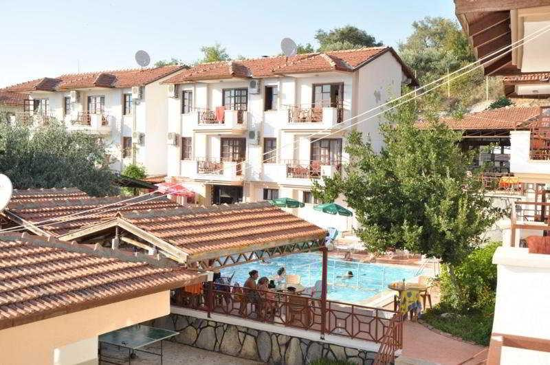 Moya Pasha Aparthotel
