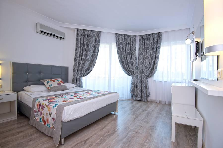 Holidays at Halici Hotel in Marmaris, Dalaman Region
