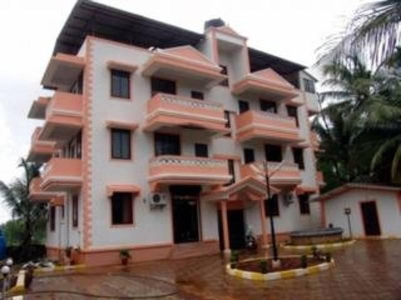 Holidays at Siesta De Goa Hotel in Varca Beach, India