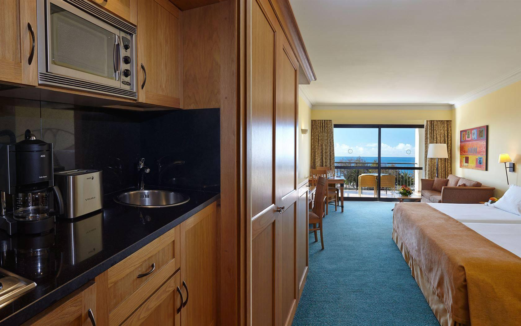 Holidays at Residence Porto Mare Hotel in Funchal, Madeira