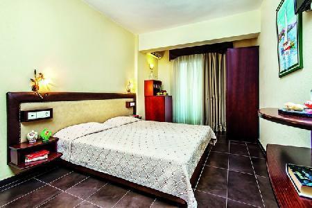 Holidays at Elinotel Polis Hotel in Hanioti, Halkidiki