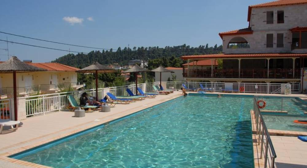 Holidays at Medousa Hotel in Kriopigi, Halkidiki