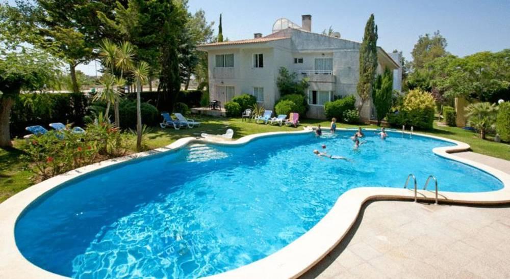 Holidays at Las Velas Apartments in Puerto de Pollensa, Majorca
