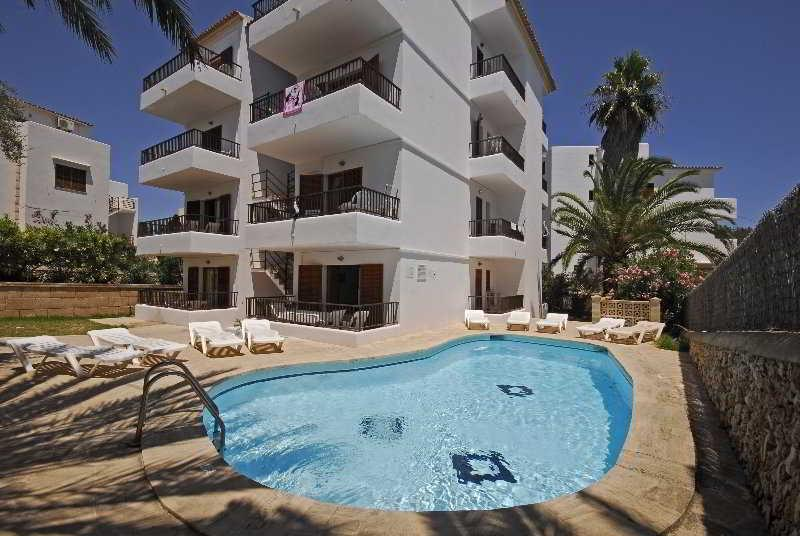 Holidays at Casas De Cala Ferrera Apartments in Cala d'Or, Majorca