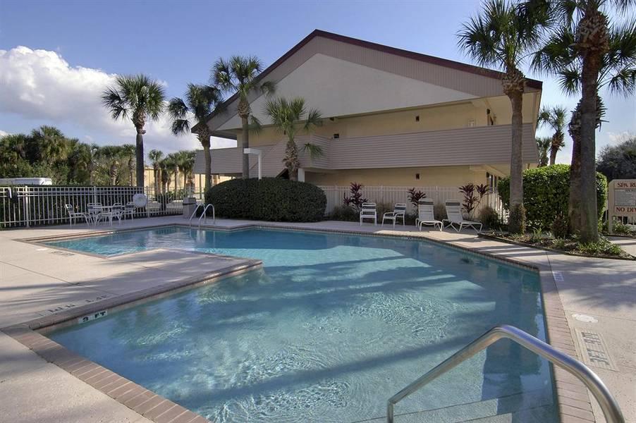 Holidays at Midpointe Hotel by Rosen Hotels & Resorts in Orlando International Drive, Florida