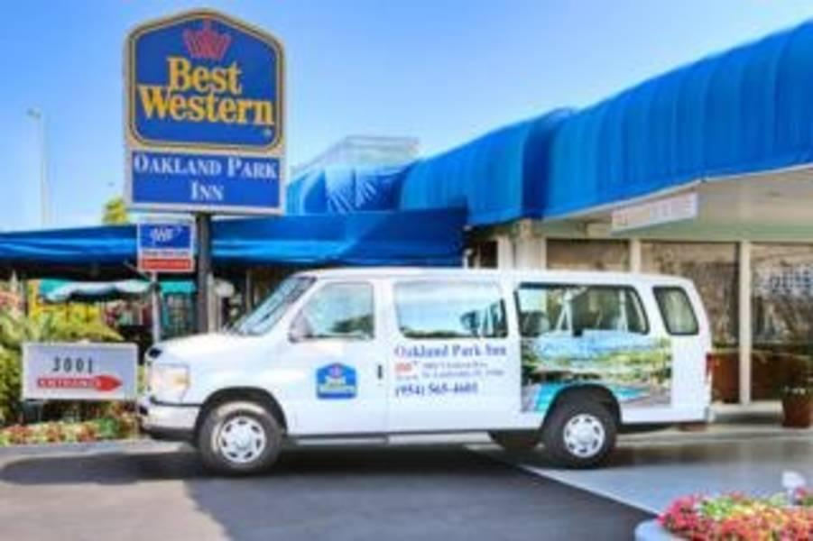 Holidays at Best Western Plus Oakland Park Inn in Fort Lauderdale, Florida