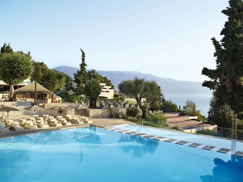 Holidays at Grecotel Lux Me Daphnila Bay Dassia in Dassia, Corfu