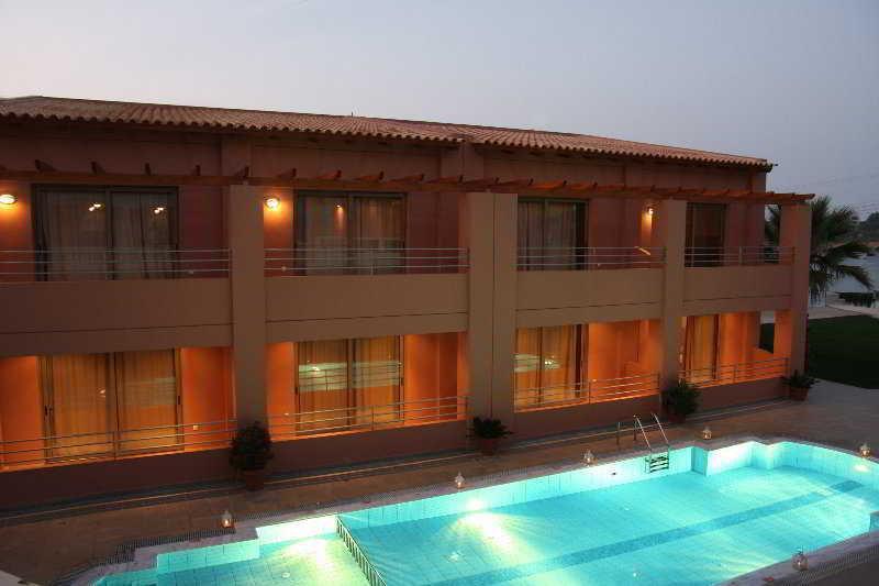 Holidays at Anatoli Apartments in Aghia Pelagia, Crete