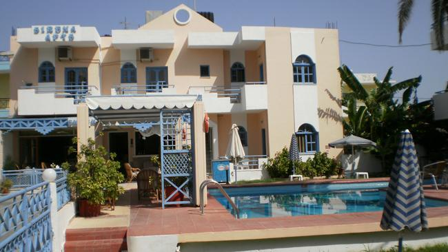 Holidays at Sirena Apartments in Aghia Pelagia, Crete