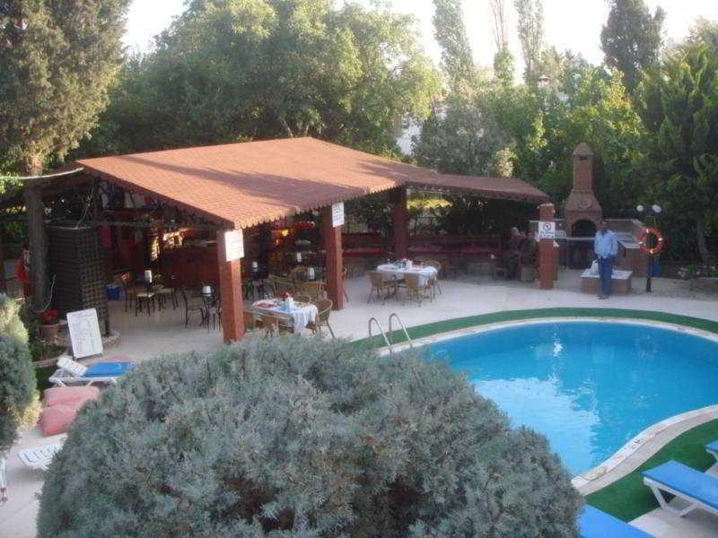 Holidays at Cennet Apart Hotel in Bitez, Bodrum Region
