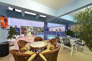 A Sambura Praia Hotel