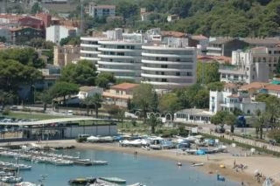 Holidays at Medes Park Apartments in Estartit, Costa Brava