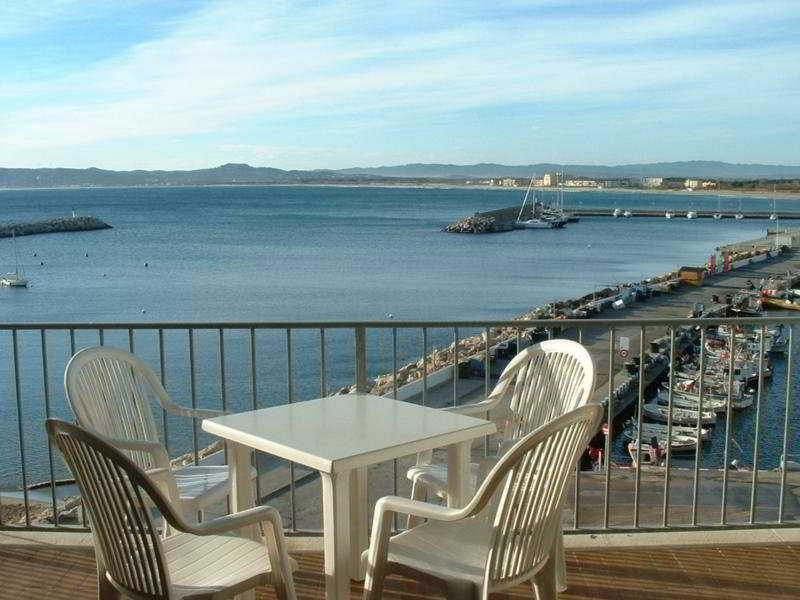 Holidays at Nautic Hotel in Estartit, Costa Brava