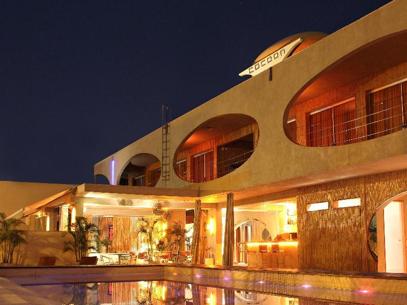 Cocoon and Lounge Hotel