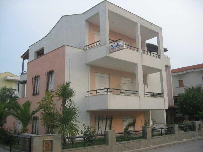 Molos Apartments