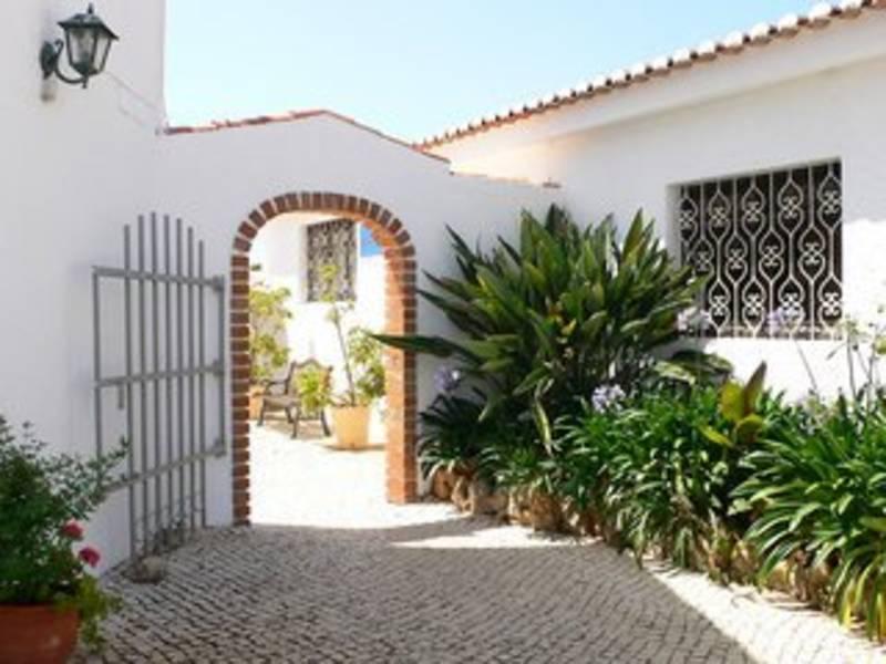 Holidays at Sollagos Studios in Lagos, Algarve