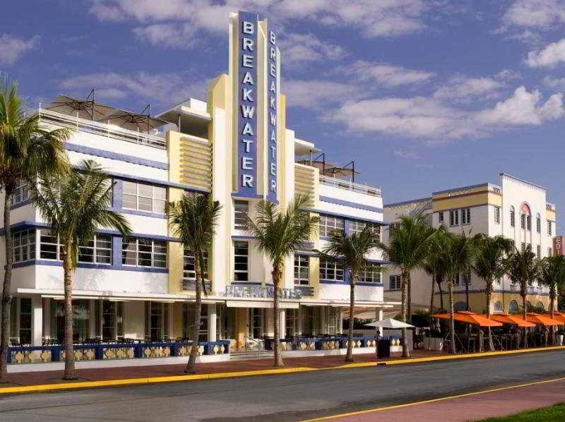 Holidays at Esplendor Hotel Breakwater South Beach in Miami Beach, Miami