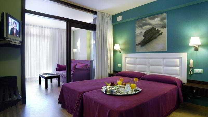 Evenia Olympic Palace Hotel Lloret De Mar Costa Brava