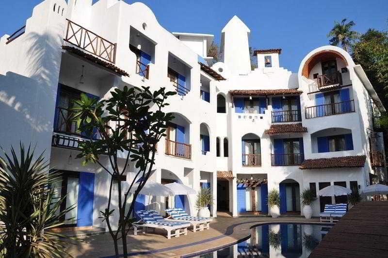 Holidays at Mykonos Blu Hotel in Arpora, India