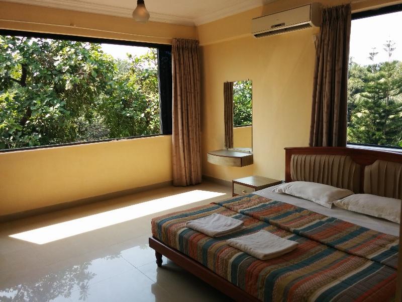 Holidays at Goan Clove Apartment Hotel in Goa, India