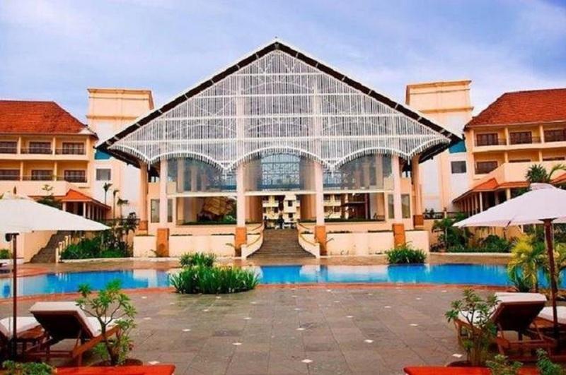 Holidays at Radisson Blu Goa Hotel in Cavelossim Beach, India