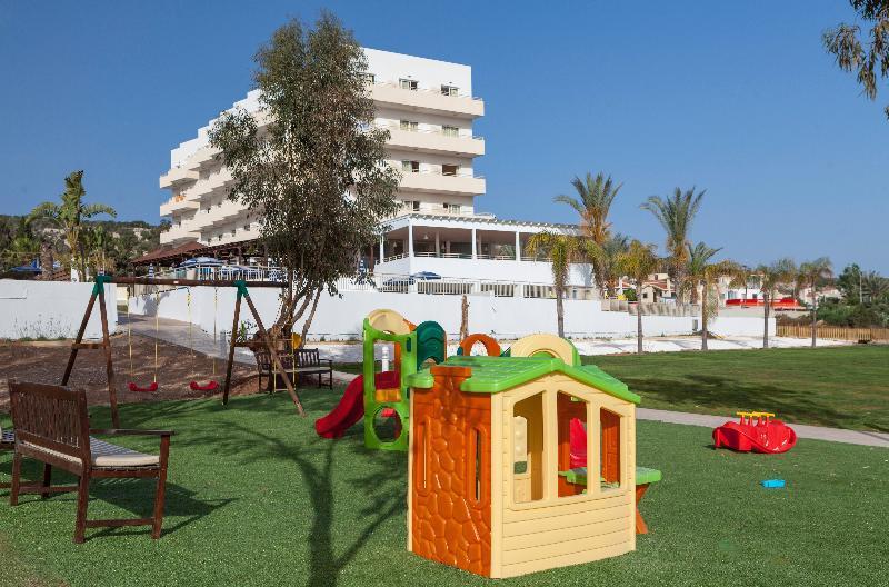 Holidays at Iris Beach Hotel in Protaras, Cyprus