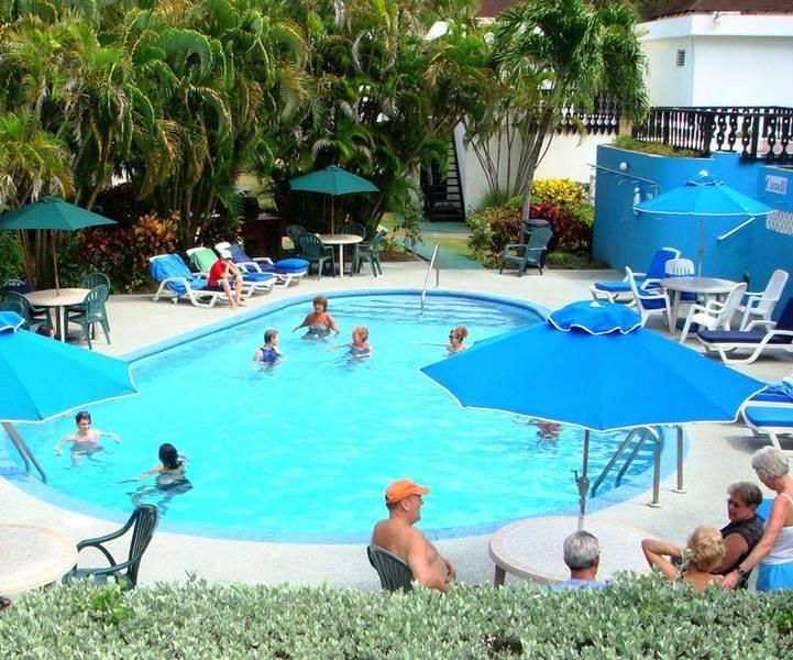 Holidays at Plum Tree Club in Christchurch, Barbados