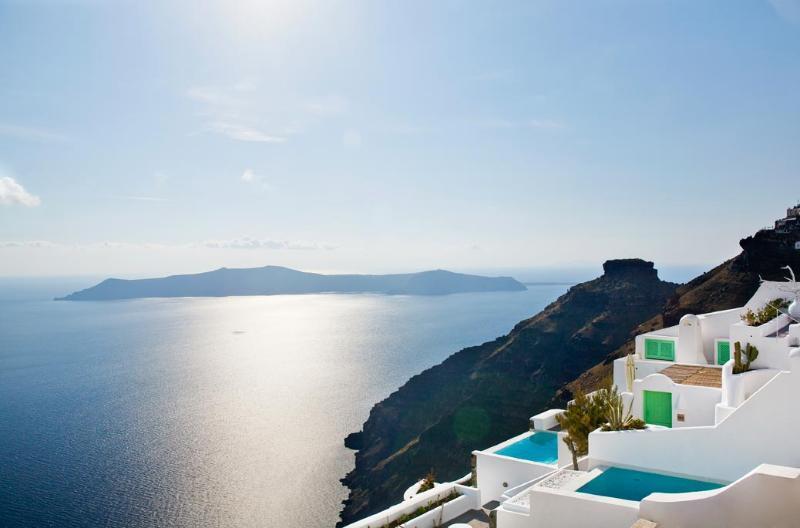 Dreams Luxury Suites Hotel