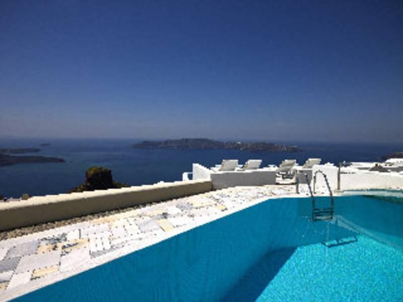Holidays at Iliovasilema Suites Santorini in Imerovigli, Santorini