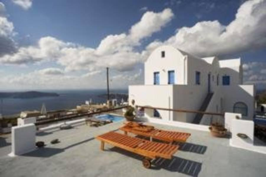 Holidays at Ampelonas Apartments in Imerovigli, Santorini