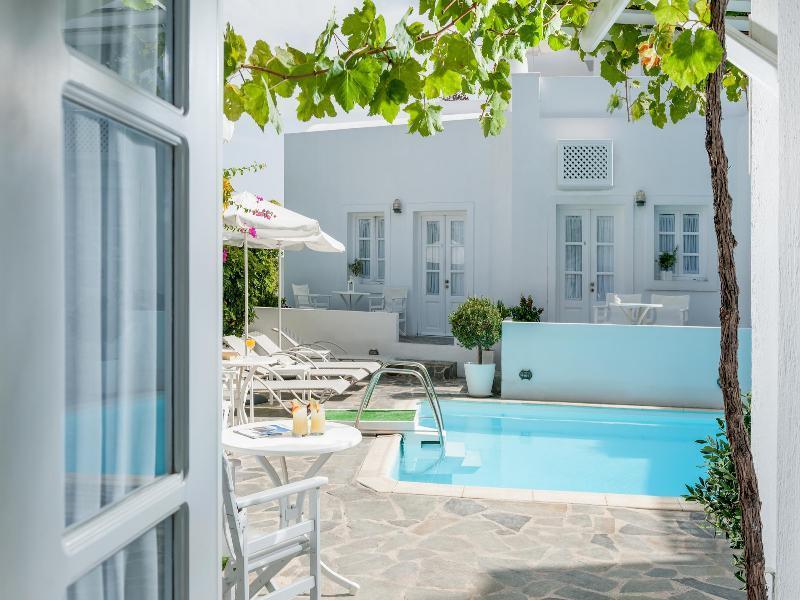 Holidays at Casa Bianca Hotel in Imerovigli, Santorini