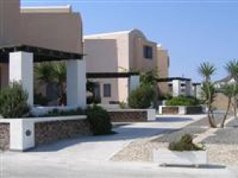 Holidays at Xenones Filotera Hotel in Imerovigli, Santorini