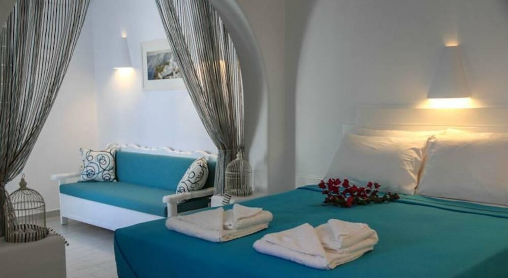 Holidays at Anastasia Princess Hotel in Perissa, Santorini