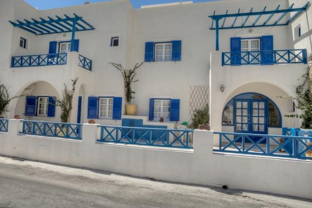 Holidays at Villa Maistrali in Perissa, Santorini