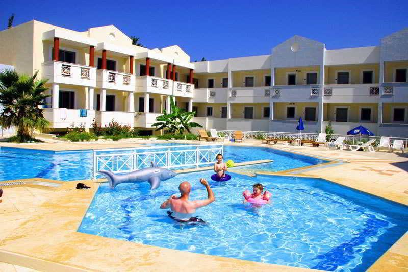 Holidays At Olgau0027s Paradise Apartments In Psalidi, ...
