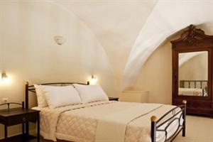 Lava Suites & Lounge Hotel