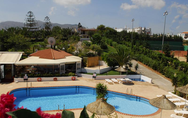Holidays at Golden Dream Apartments in Anissaras, Hersonissos