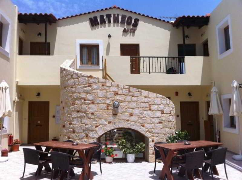 Holidays at Matheos Apartments in Piskopiano, Hersonissos