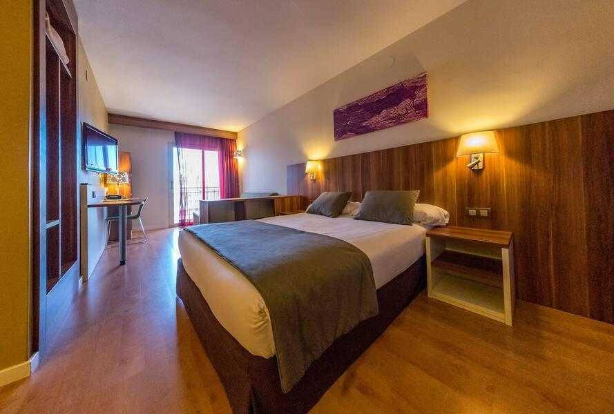 Golden Avenida Suites Hotel Salou Costa Dorada Spain