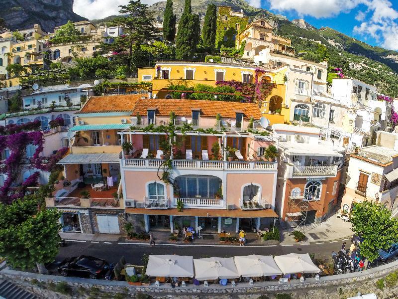 Holidays at Villa Gabrisa Hotel in Positano, Neapolitan Riviera