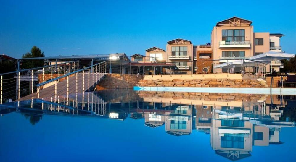 Holidays at Istion Club Hotel in Nea Potidea, Halkidiki